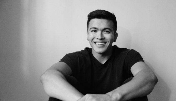 Jeff Ito smil - CROWN JEWEL