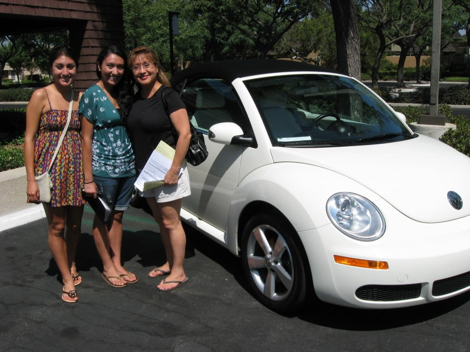 3 ladies white VW