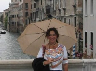 """Ana Venice1 - """"I don't give in, I don't give up – I just give more."""""""