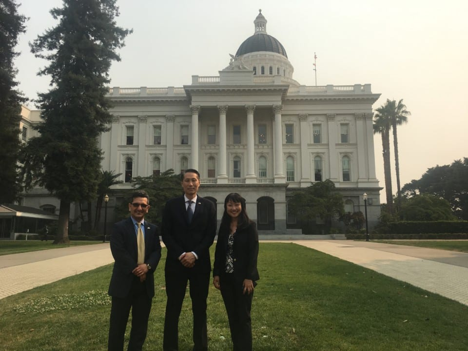 Dr. Babak Kateb (Left), Dr. Jeffery Wang (Center) and Dr. Vicky Yamamoto (Right)