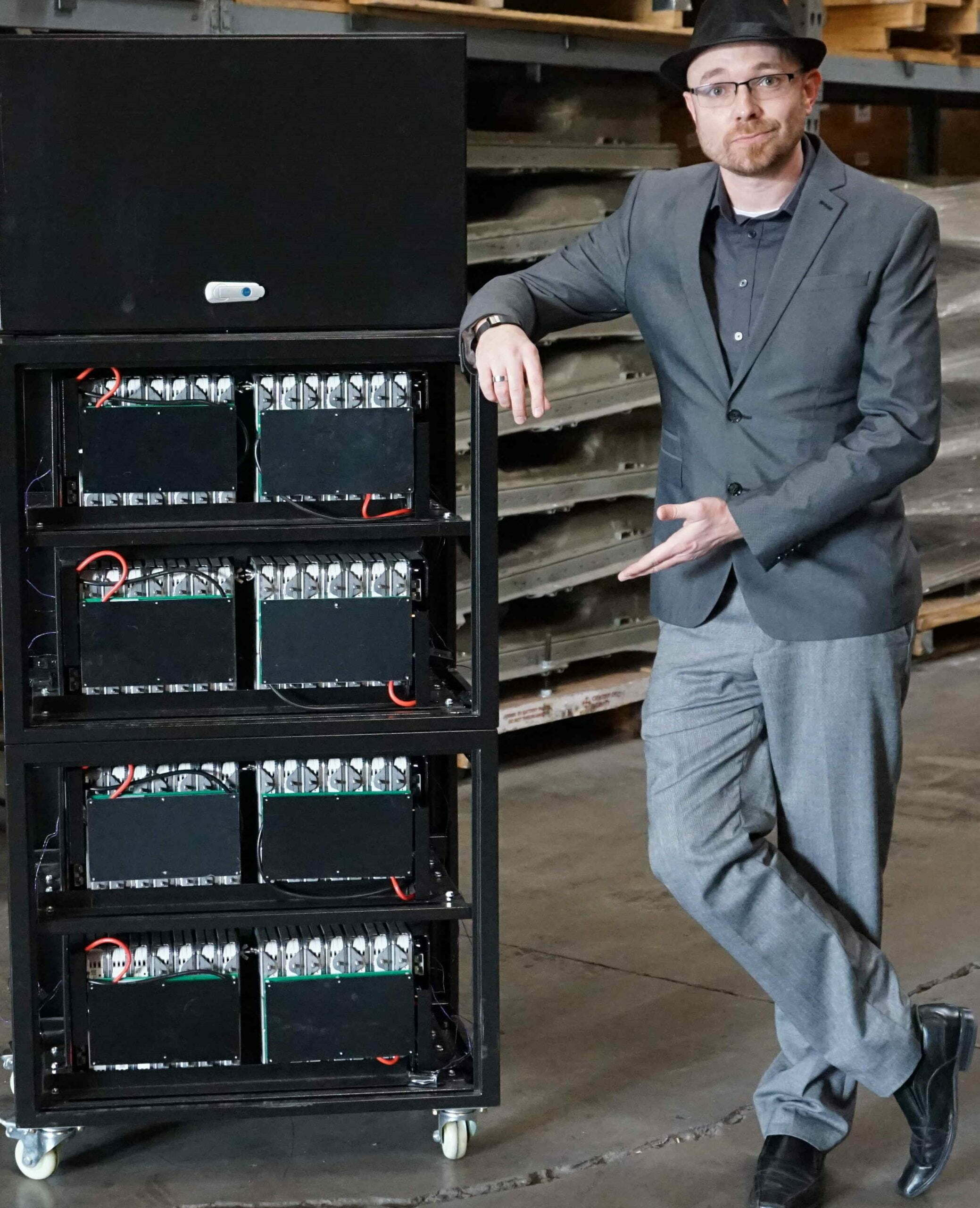 Eric Lundgren's BigBattery is the nation's largest recycler of EV batteries and the largest supplier of surplus and re-certified batteries in the United States. Its hybrid recycling business model is to extract, test and up-cycle high-volumes of discarded lithium-ion EV batteries.