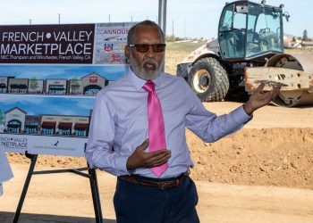 Supervisor Chuck Washington crop - United Development Company Breaks Ground on New Shopping Center in French Valley, CA