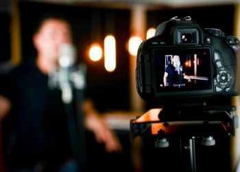 E sTTLiP LcM6McfnFOVJDzGRE8@500x405 - How to Effectively Market Your Video Production Company