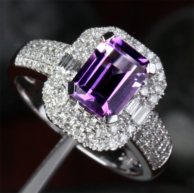 gem2 - A Buyer's Guide to Gemstone Rings