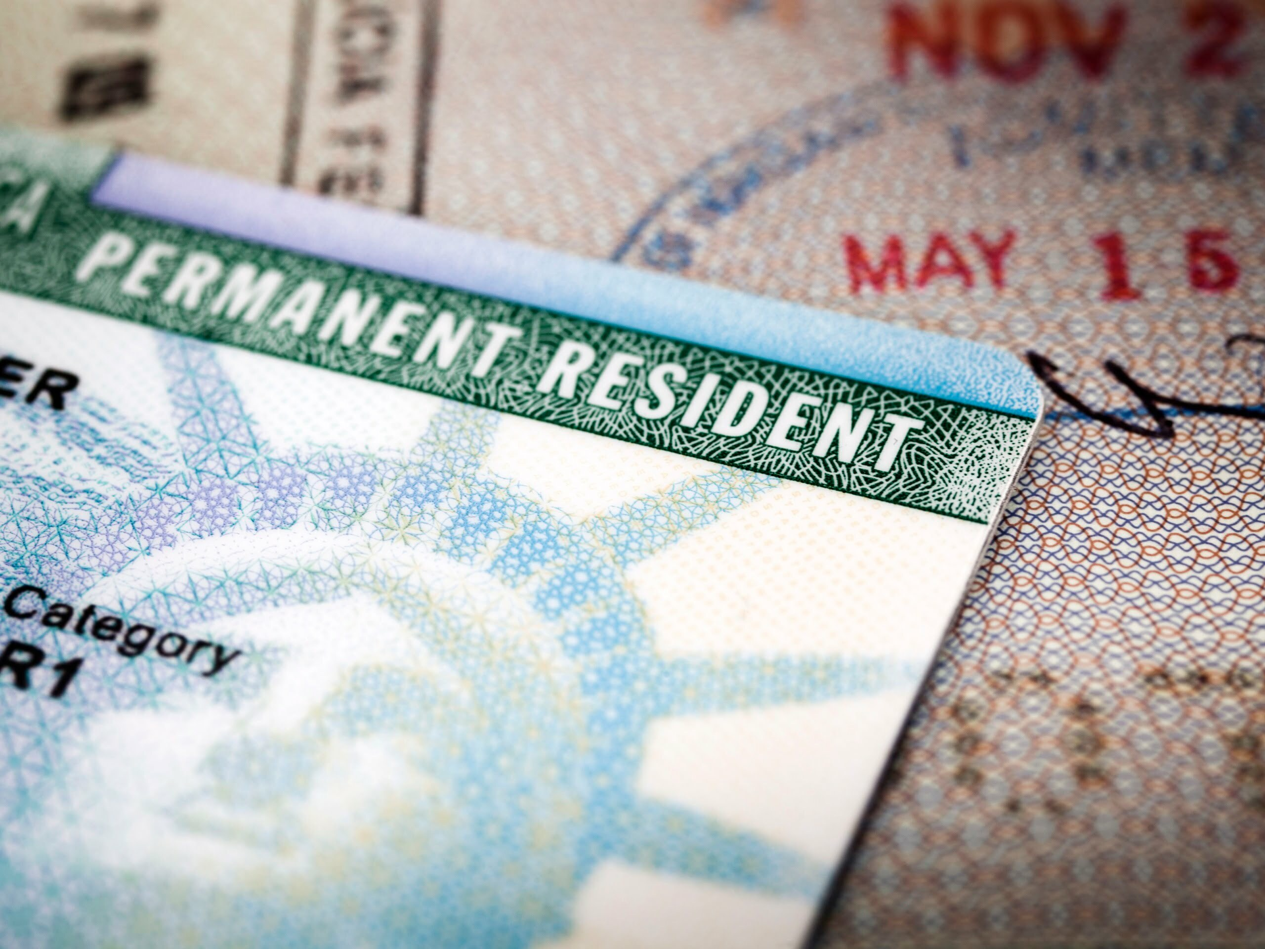 How to qualify for a green card