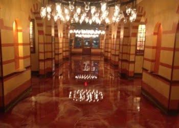 Elegant-Metallic-Epoxy-Floors