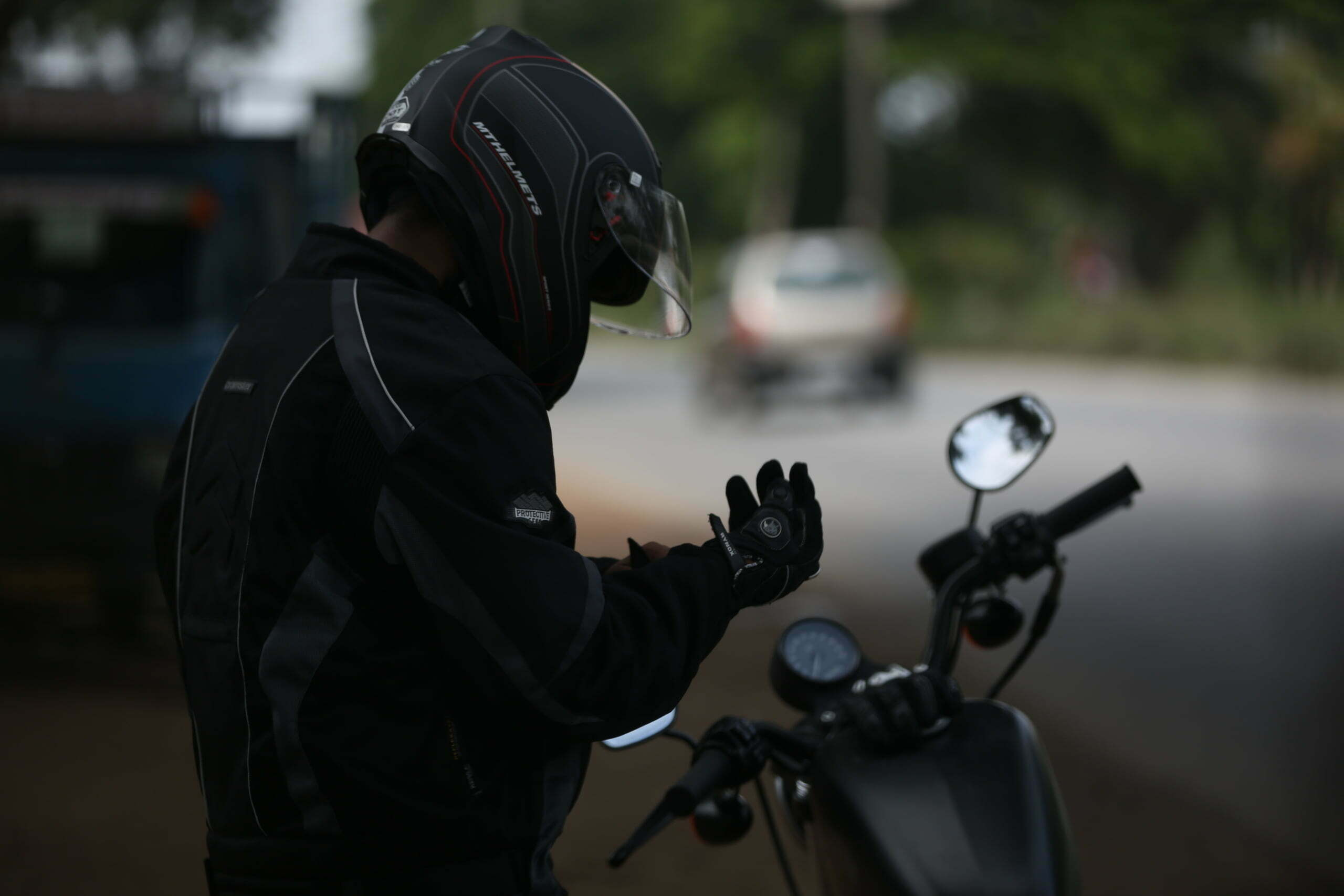 motorcyclist-on-side-of-the-road