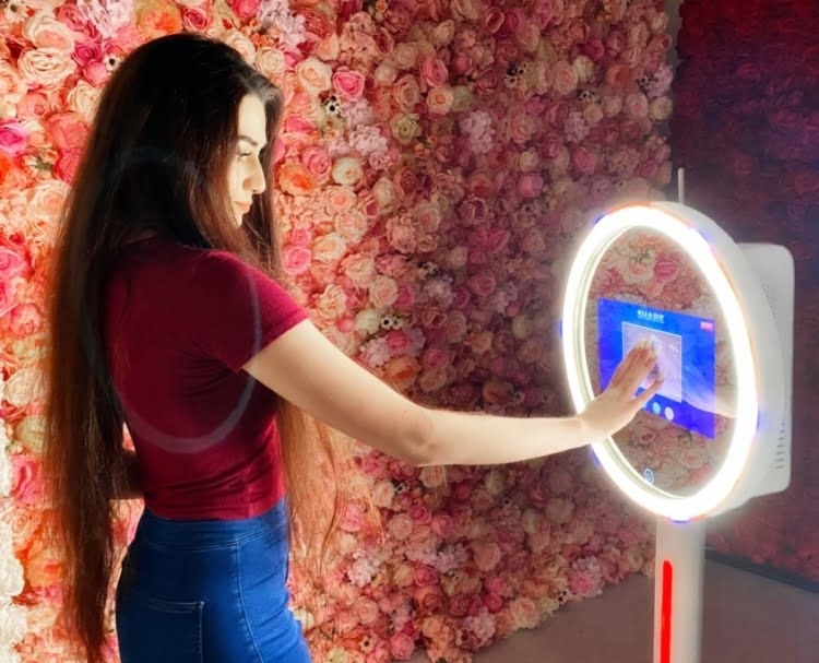 Mirror-Photo-Booth