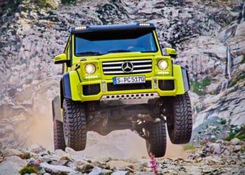 Off-road Mercedes jeep