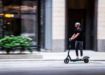 veo-single-rider-scooter-astro